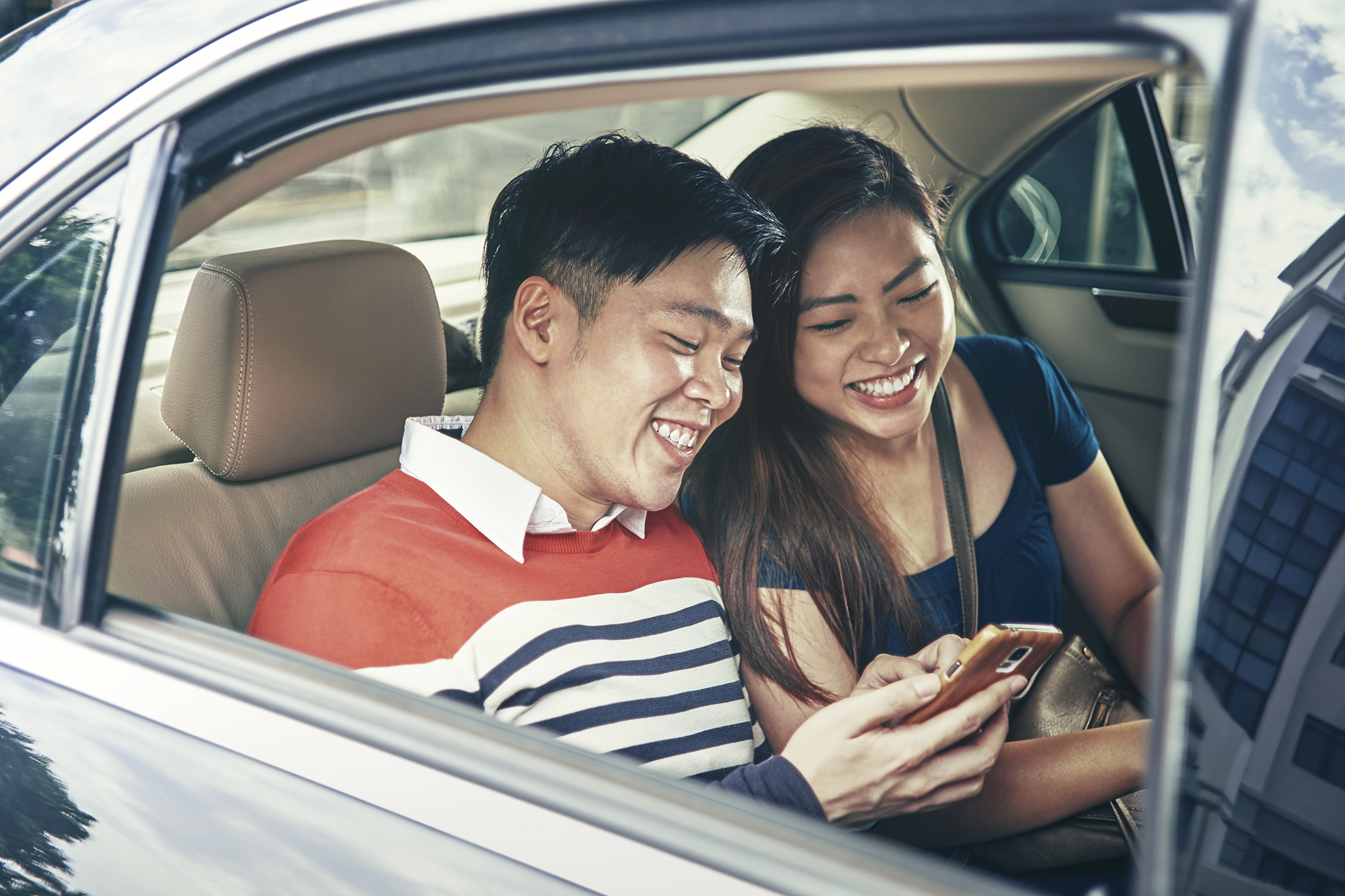 Grabtaxi Introduces Grabcar Economy An Affordable Complement To