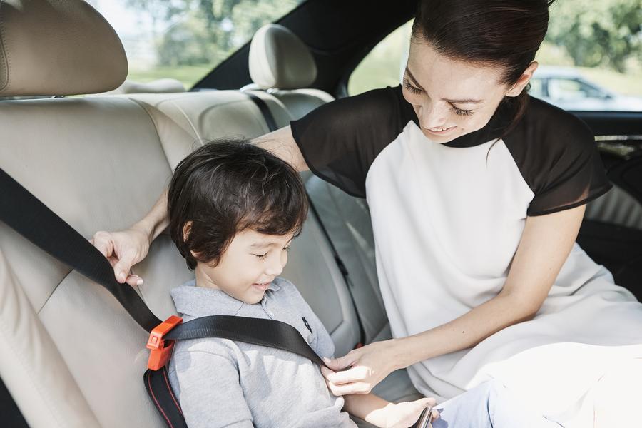 Child-Friendly Rides With GrabCar Now